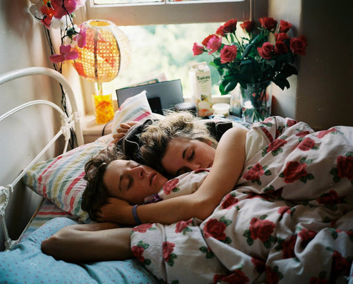 Couple love sleep image 260384 on for Hot bed love images
