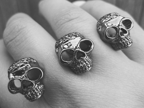fingers, hand, rings, skull, skull ring