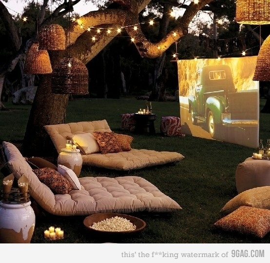 a nice way to see movies, aconchego, bleja, candles, cinema, comfortable, comfy, cute, drive in, film, fun, garden, house wanted, ligts, love, movie, movie perfect, movies, nice, outside, perfect, perfection, pillows, pilows, popcorn, romantic, sofa