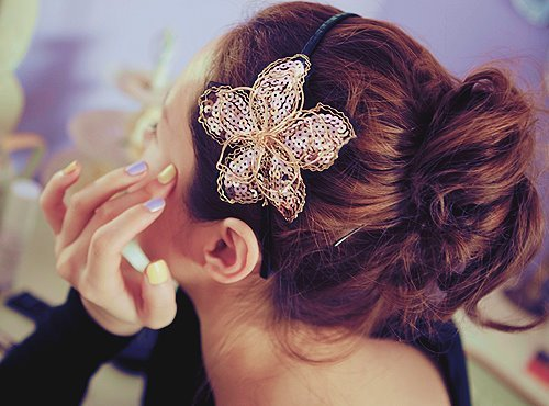 accessorie, adorable, beautiful, classy, cute, fabulous, fashion, hair, headbend, lovely, nails, nice, style, wonderful