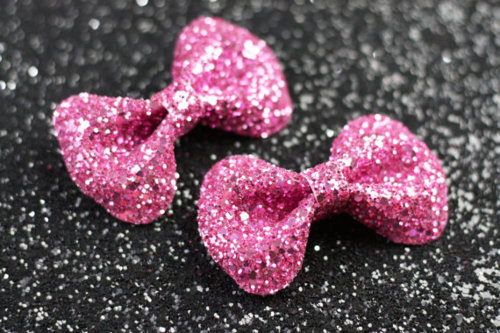 adorable, beautiful, bow, bows, cute, fashion, girly, glitter, love, pink, pretty, ribbon, silver, sparkles, street