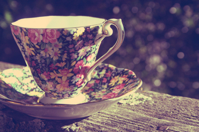 antique, bokeh, cool, cup, fiori, flores, lovely, porcelain, sweet, mug, lucy, roses, rosado, separate with coma, taza, vintage, purple, teacup, pretty, violeta, wood, flowers, vajilla, pink, foto, photography, tea, nice, photo, floral