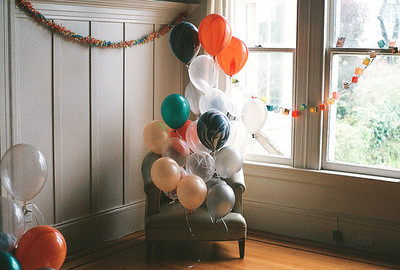 balloons, film, room, sofa, vintage