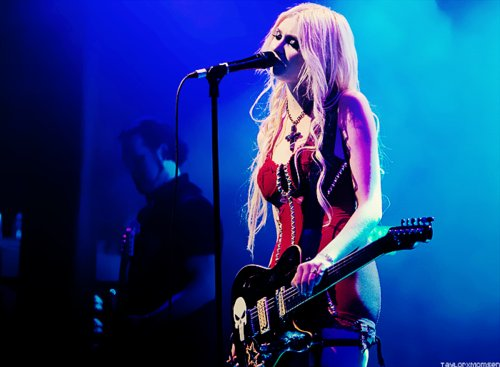 band, blond, blonde, dress, girl, gorgeous, music, photography, pretty, pretty reckless, rock, sexy, taylor, taylor momsen, the pretty reckless, woman