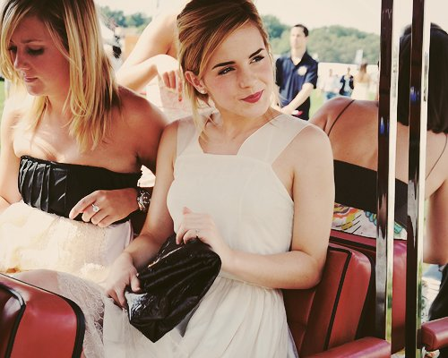 beautiful, british, chanel, emma watson, english, fashion, harry potter, hermione granger, lipstick, red lipstick, summer, white dress