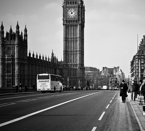 black and white, cute, i want, london, londres, love, the big bang