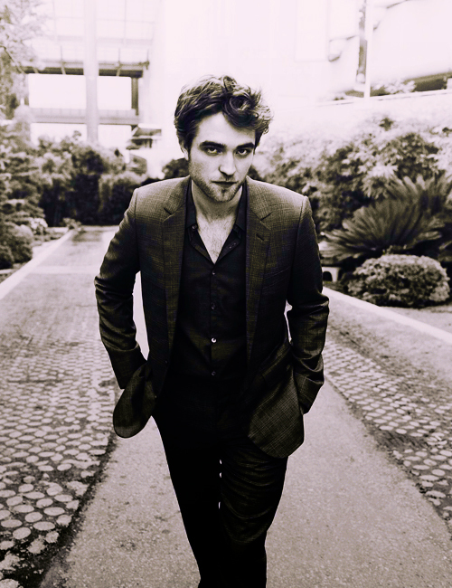 b/w, black and white, gorgeous, robert pattinson, sexy