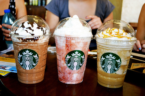 chocolate, coffe, girl, girls, starbucks, starbucks coffe, strawberry