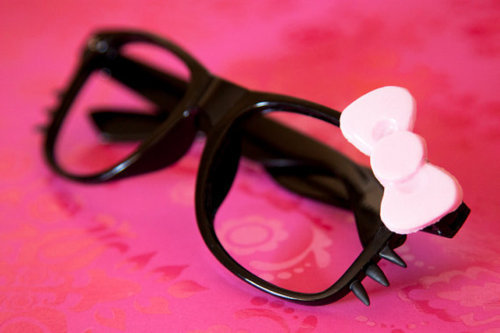 cute, dandy, dinky, fashion, girl, girly, glasses, hello kitty, lovely, nerd, nice, pretty, style