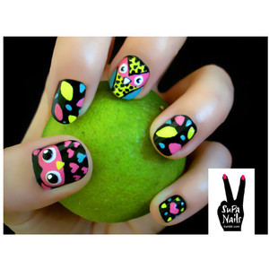 fluro, manicure, nails, neon