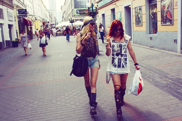 friends, girls , hair, lina tesch, shopping