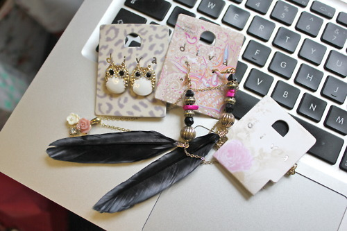 accessories, cute, earrings, fashion, feather, girly, jewellery, keyboard, laptop, roses