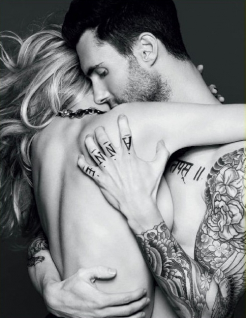 adam lavigne, adam levine, couple, sexy, tattoo