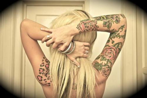 alternative, alternative girl, blonde, blonde hair, flower, girl, tattoo, tattoos