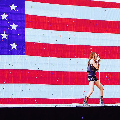 america, concert, eeuu, famous, flag, miley, miley cyrus, party, party in the usa, usa