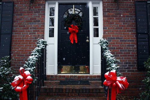 architecture, beautiful, bow, building, buildings, cheers, christmas, cold, color, colorful, colors, december, door, house, houses, inspiration, inspire, inspiring, loop, photography, place, places, pretty, ribbon, snow, snowing, winter