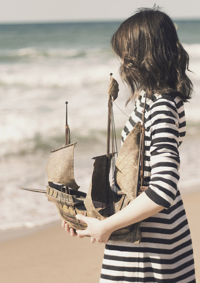 art, artistic, beach, colours, girl, hair, inspire, life, love, ocean, original, sea, ship, shirt, summer