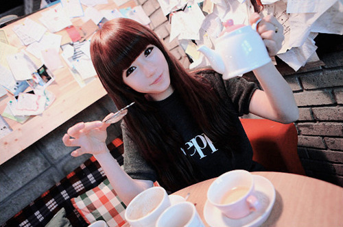 asian, asian girl, cute, free, girl, hair, kawaii, kfashion, korean, korean fashion, korean girl, long hair, nail, pretty, seoul, ulzzang