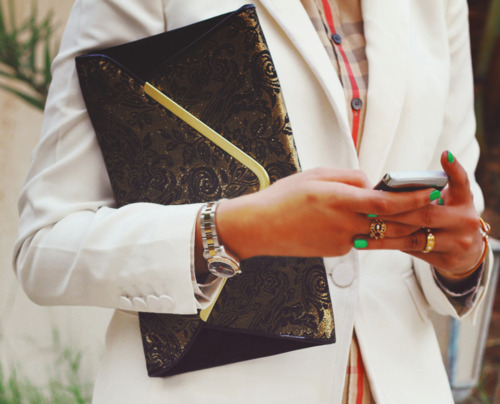 bag, clutch, fashion, nails, outfit