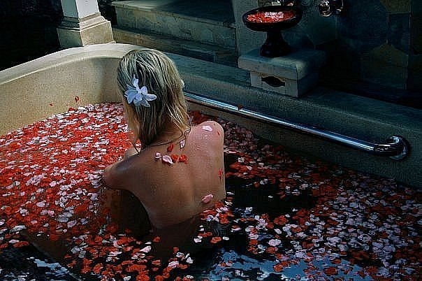 bath, bathroom, blonde, flowers, girl