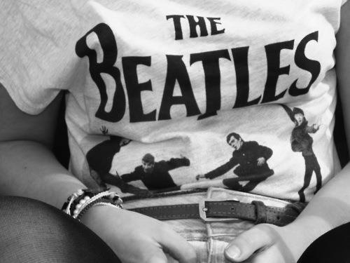 beach, beautiful, black and white, blonde, boys, brunette, hair, funny, tan, the beatles, love, girls, text, summer, fashion, t shirt, nails, long hair, tattoos, hot, fashionable, pretty, h&m, cute, kissing, kiss, winter, clothes, vintage