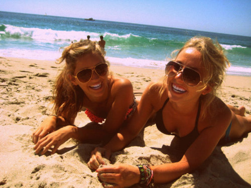 beach, blonde, carolina alvarez, girls , glasses