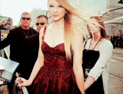 beautiful, beautifulcute, cool, cute, dress, eyes, girl, hair, pretty, sweet, swift, taylor, taylor swift
