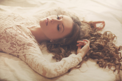 beautiful, bed, blond, blonde, cool, curls, curly, cute, cutie, dress, fashion, fun, girl, gorgeous, hair, happy, nice, photo, photography, pretty, pure, white
