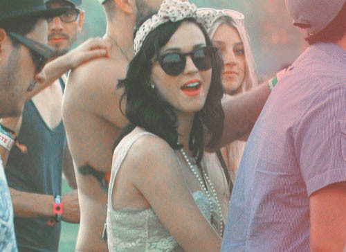 beautiful, dress, girl, glasses, gorgeous, hair, hipster, indie, katy, katy perry, necklace, perfect, perry, pretty, sing, singer, sunglasses