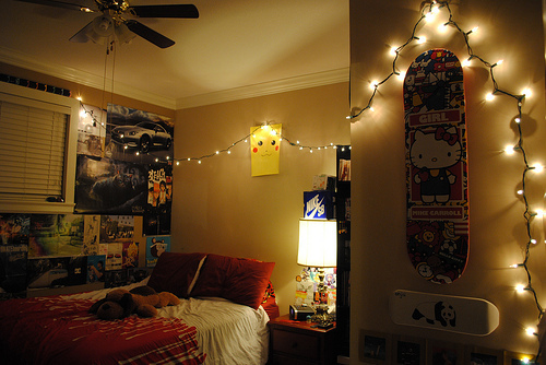 tumblr rooms with lights and quotes quotes
