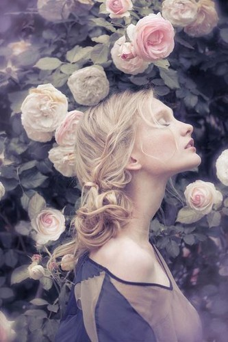 blonde, cute, fashion, flower, flowers, free spirit, girl, hair, hairstyle, model, roses, sweet, ute, vintage