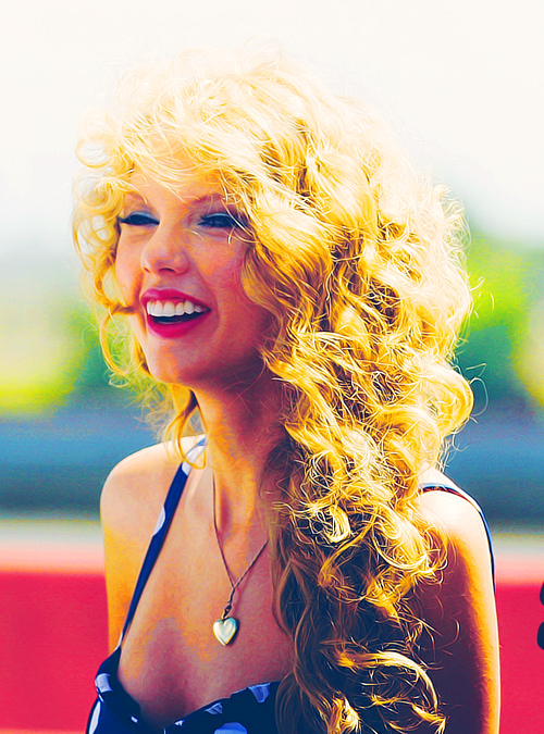 blonde, cute, female, girl, hours, princess, sing, singin, swift, taylor, taylor swift, women