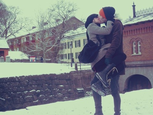 boy, couple, cute, girl, kiss, love, snow, winter