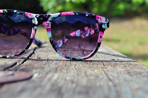 black white, photo, photograpy, pink, sunglass, vintage, vouge