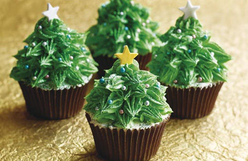 christmas tree cupcakes, delicious, food, muffins, pastry