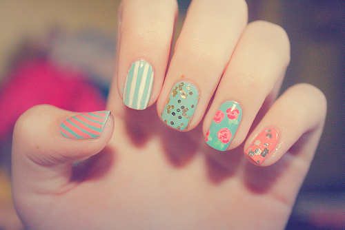 color, cute, cute colours, fashion, fingers, flowers, girl, hands, high heels, love, nail, nails, naipolish, nial art, pattern, photography, pink blue cream pretty, pretty, retro, shorts, sweet, unhas, vintage, woman, women