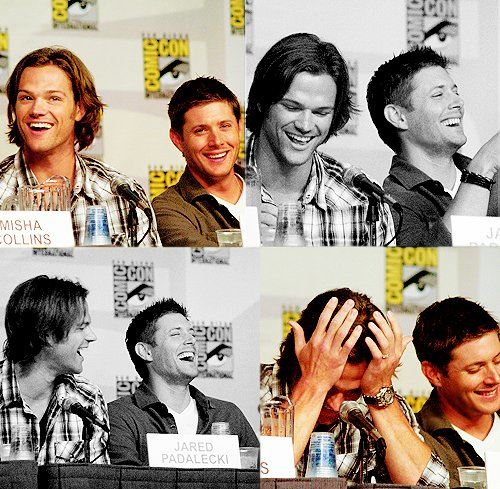 convention, hands, jared padalecki, jensen ackles, laugh