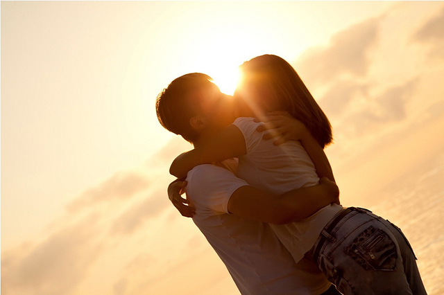 couple, cute, kiss, kissing, sunrise