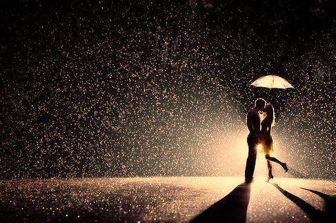 couple, kiss, love, night, rain, umbrella, winter