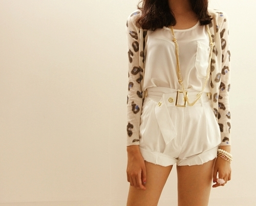 accessories, animal prints, belt, brown hair, brunette, cheetah, clothes, golden, half body, legs, necklace, ring, shorts, style, sweater, t-shirt, thighs, top, white