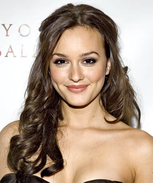 actress, beautiful, blair waldorf, brown eyes, curls, face, gorgeous, gossip girl, hair, leighton meester, lips, makeup, pretty, smile, woman