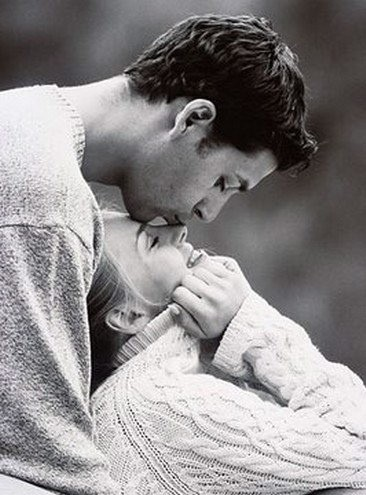 adorable, aww, black and white, couple, cute, kiss, kisses, knitted, love, lovers, romantic, smile, sweater, sweet, winter