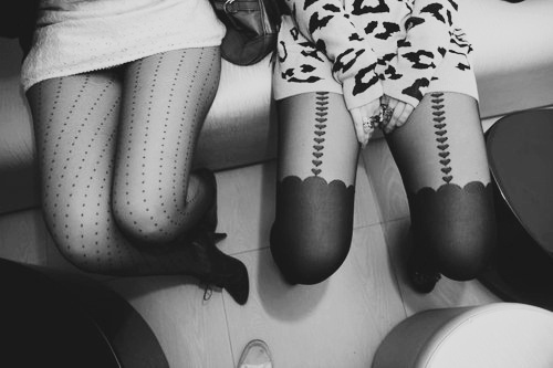 alone, black and white, clothes, cute, fashion, friends, girl, girls, hair, hipster, indie, leggings, legs, love, perfect, photography, pretty, shoes, skinny, thinspiration, thinspo, tights