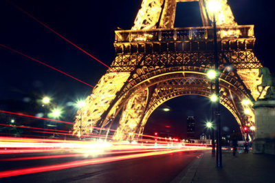 amazing, awsome, brigde, city, cool, eiffel, europa, europe, foto, france, francia, lights, luces, lucy, nice, night, noche, paris, photo, photography, red, separate with coma, street, torre, tour eiffel, tower, travel