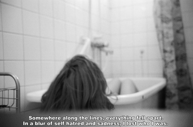 anorexia, b&w, bath, bathroom, black and white