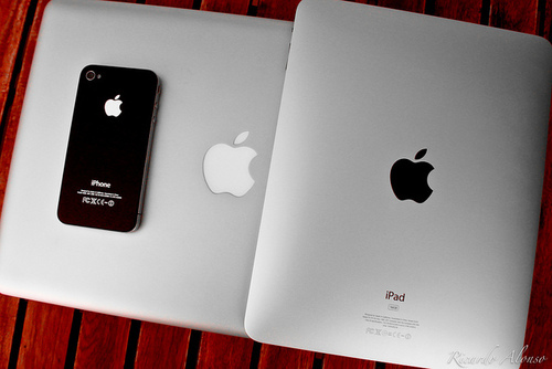 apple, ipad, iphone