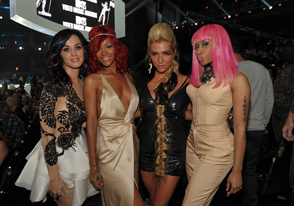 award, dress, girl friend, katy, katy perry, ke$ha, minaj, mtv, nicki, nicki minaj, perry, rihanna, sing, singers, singing, tatoo