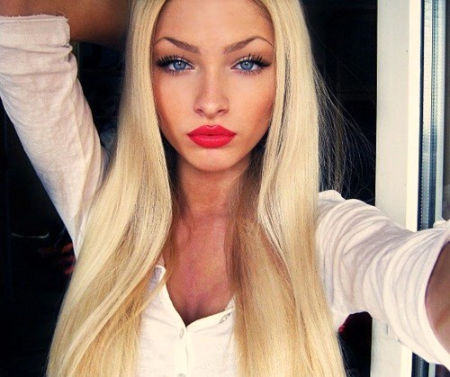 barbie, blond, eyes, fashion, girl, hair, lips, make up, make-up