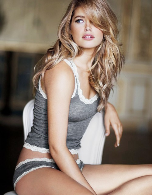 beautiful, blonde, doutzen kroes, flawless, girl, grey, hot, lingerie, model, sexy, victorias secret, vintage, woman