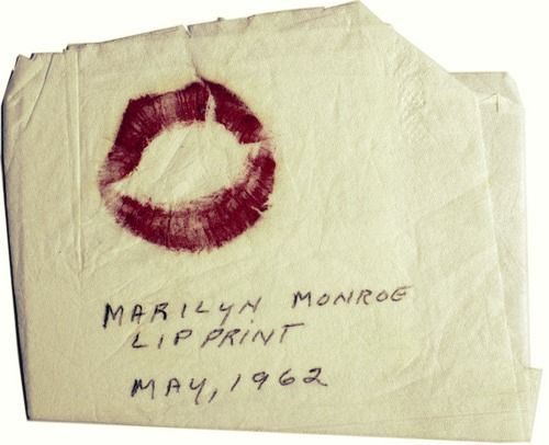beautiful, kiss, lips, marilyn manroe, marilyn monroe